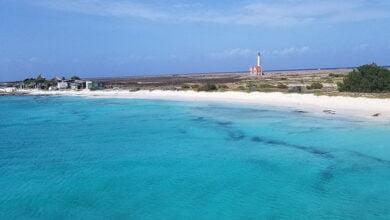 Photo of Historia e errët e ishullit të braktisur midis një parajse në Karaibe