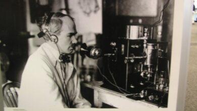 Photo of De Forest, 'Babai i Radios'