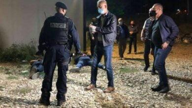 Photo of Narkotikë, kontrabandë, bixhoz, trafikimin me njerëz dhe armë, arrestohen 10 policë në Kosovë