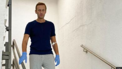 Photo of Navalny në gjendje më të mirë shëndetësor, publikon fotografi pas helmimit me agjent nervor