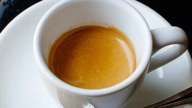 Photo of Zbuloni çfarë ndodh me mëlçinë nëse pini dy filxhanë kafe në ditë