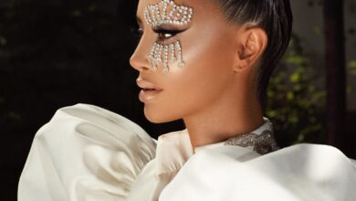 Photo of Dafina bën edhe një tatuazh, çfarë ka vendosur të pikturojë në trup këngëtarja këtë herë?