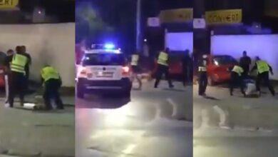 Photo of Policia rrah brutalisht një person në mes të rrugës