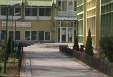 Photo of Mësimi online, nxënësit në Strugë kërcënojnë me bojkot
