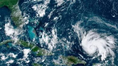 """Photo of Uragani Sally shkakton vërshime """"historike dhe katastrofale"""" në SHBA"""