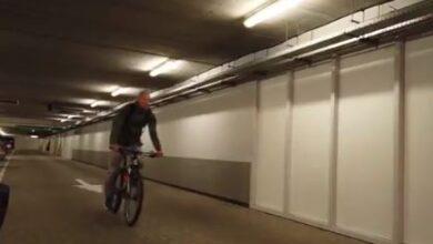 Photo of Video/ Ylli holandez vjen në ndeshje me biçikletë