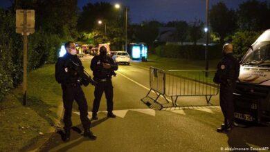 Photo of Në Francë hyn në fuqi ora policore