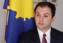 Photo of Ambasadori i Kosovës në Francë: Nuk e përkrah dhunën, le të më sfidojnë në gjykatë